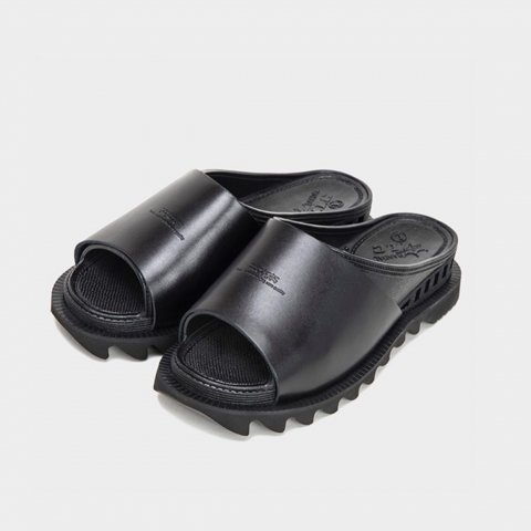 """the bench """"BENSAN-D COVERED LEATHER SHARK SOLE"""""""