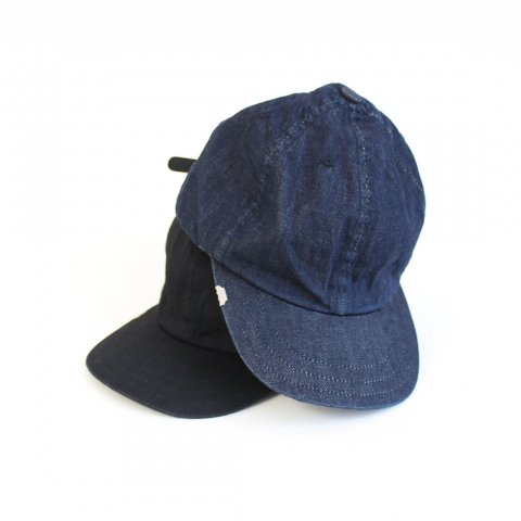 "ANACHRONORM ""LEATHER BACKLE CAP"""