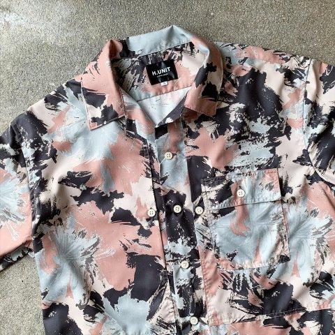 "H.UNIT ""Flower camo print triple pocket short sleeves shirt"""