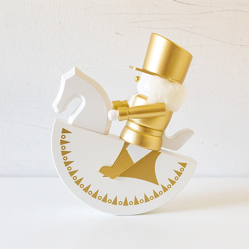 HoDreWa Legler レグラー 木馬に乗ったくるみ割り人形 騎兵 白×ゴールド 21cm
