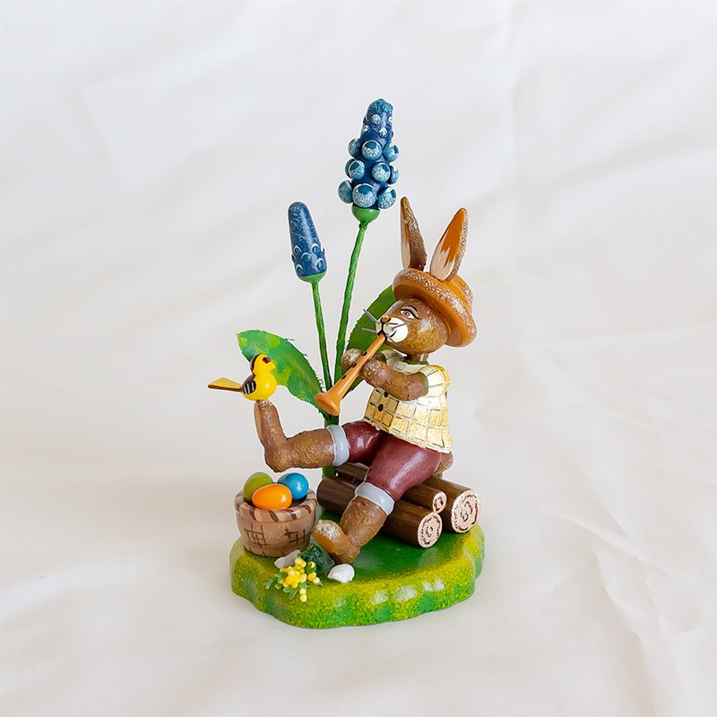 Hubrig Volkskunst ヒューブリッグ ガーデンウサギ