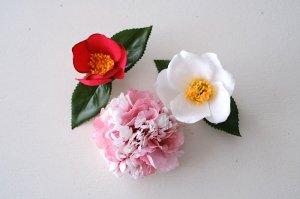 桜と椿のコサージュ・オーダー