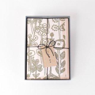 ぷっくりとしたフラワープリントのブックカバー(letter of flower)/SIWA | 紙和 × minä perhonen