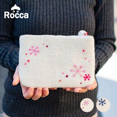 Rocca(ロッカ) 雪柄フェルトフラットポーチ 雪柄の可愛いフラットポーチ