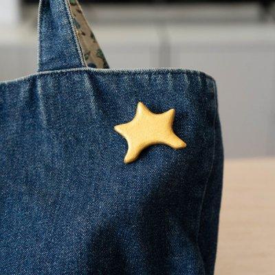 kuchibueworks 星モチーフの陶器ブローチ 星型が可愛いブローチ