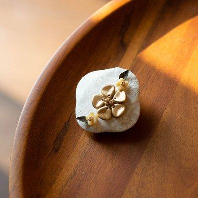 nijiiro works リバティの生地を使ったひし形ブローチ お洒落で可憐なブローチ