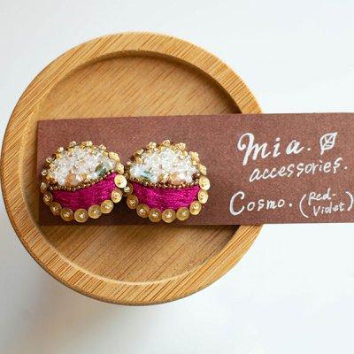 ★mia(ミア) クリップ式刺繍イヤリング
