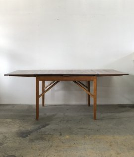 Swedish Extension Table