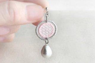 オーガンジー 刺繍 イヤリング / 桜色 - jumelle -