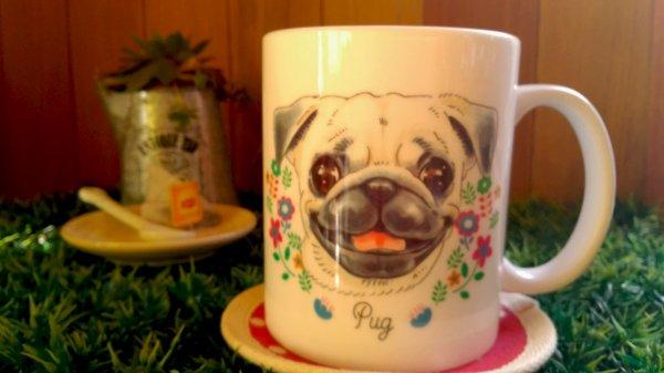 パグさん Aタイプ マグカップ