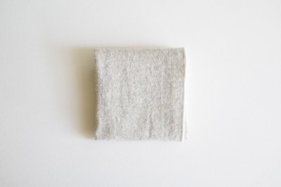 atelier une place - シルクリネンハンカチ〈ホワイト〉