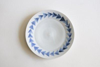 五十嵐元次 - リム皿7寸〈三角紋・白磁〉