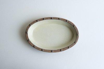 七尾佳洋 - 楕円小皿〈白イッチン〉