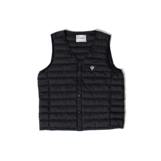 <img class='new_mark_img1' src='https://img.shop-pro.jp/img/new/icons1.gif' style='border:none;display:inline;margin:0px;padding:0px;width:auto;' />Inner down vest BLACK