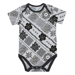 Makana Onesie (マカナ柄 ボディ)<img class='new_mark_img2' src='https://img.shop-pro.jp/img/new/icons14.gif' style='border:none;display:inline;margin:0px;padding:0px;width:auto;' />
