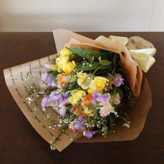 春のパステル花束