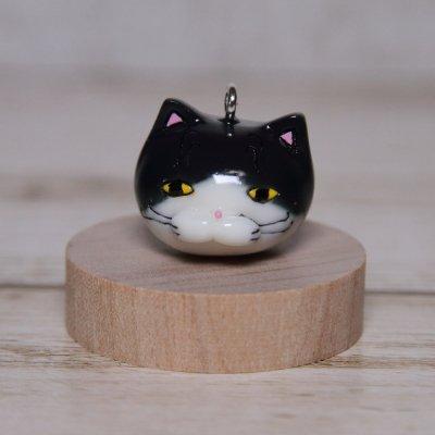 【猫 ハチワレ】 ストラップ