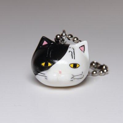 【猫 白黒】 ボールチェーンストラップ