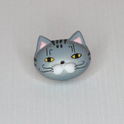 【猫 ゴロ】 バッジ・マグネット