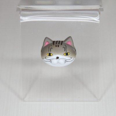 【猫 キジ】 バッジ・マグネット