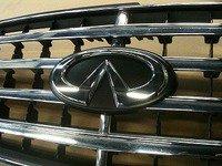 カーボン柄 F50 シーマ 純正 フロント グリル用 バッチ INFINITIエンブレム付 image