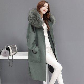 韓国コート❤ボリュームのあるフードのファーで首元あったか♪渋いグリーンが綺麗なロング丈コート