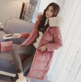 韓国コート❤フードのファーがふわふわでボリュームたっぷり♪背中の刺繍とタッセルが可愛いダウンコート