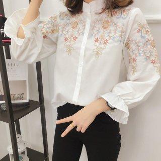 韓国ブラウス❤刺繍と袖口のフレア感がガーリー♪ブラウス
