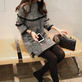 韓国ワンピース❤袖と胸元のフリルとパールが個性的。秋冬に可愛いワンピース