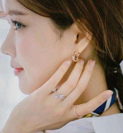 韓国アクセサリー・ジュエリーのイヤリング・ピアス