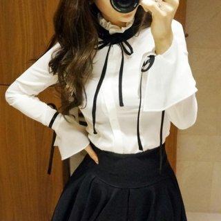 韓国ブラウス❤黒リボンがアクセントの可愛いフレア袖ブラウス