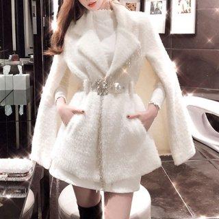 韓国アウター❤個性的なデザインが目を惹くビジューが上品なマントコート 962661