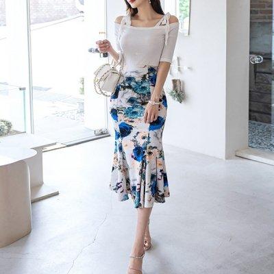 韓国セットアップ❤オフショルトップスと花柄マーメードスカートの可愛いツーピース 963101
