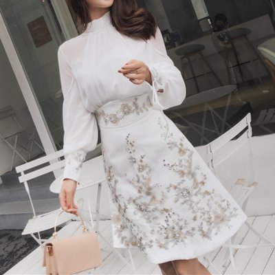 韓国セットアップ❤シフォンブラウス&ミニスカートの刺繍が可愛いツーピース 963467