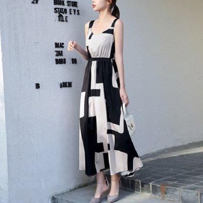 韓国ワンピース❤モダンな雰囲気の可愛いモノトーンロング丈ワンピース 963837