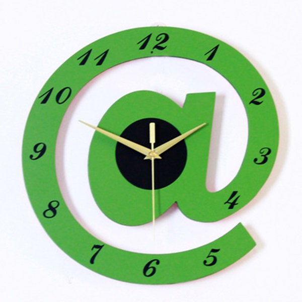 韓国インテリアの掛け時計