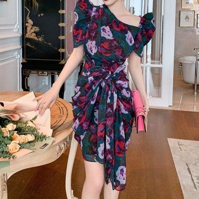 韓国ワンピース❤フロントねじりデザインの可愛いモード感あるワンピースドレス 963989