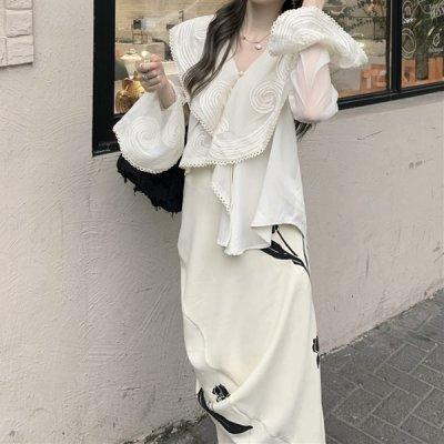 韓国セットアップ❤ビッグ襟フレア袖ブラウス&ロングスカートの可愛い個性的ツーピース 964114