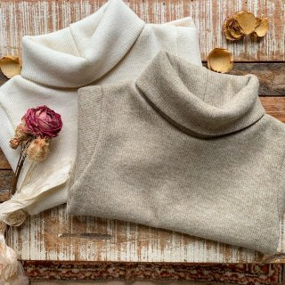 Ribbed wool knit sweater