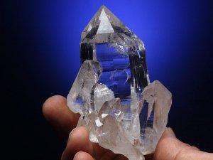 マニカラン産ヒマラヤ水晶クラスター