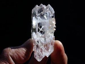 クル産ヒマラヤ水晶ポイント