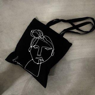 BLACK ARTWORK TOTE BAG
