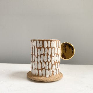 SPECKLED DASH MUG+GOLD HANDLE
