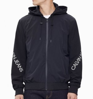 <img class='new_mark_img1' src='https://img.shop-pro.jp/img/new/icons14.gif' style='border:none;display:inline;margin:0px;padding:0px;width:auto;' />TWIST LOGO ZIP UP JACKET