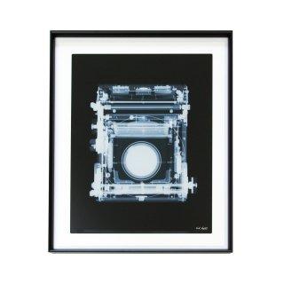 Nick Veasey ニック・ヴィーシー 「Marion & Co. Soho Rflex camera,1900s」 2018 アート 写真 ポスター フレームセット