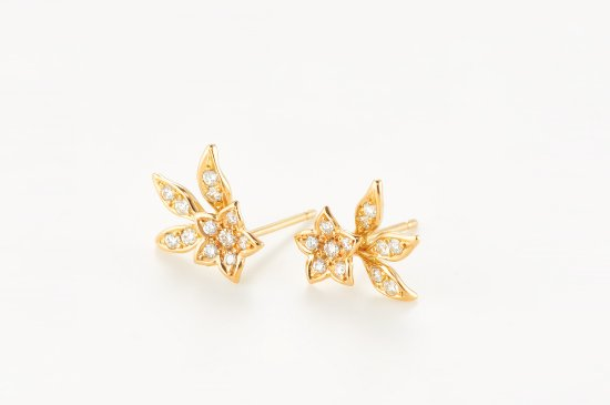 kikyo pierced earrings
