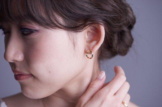 running water crest pierced earring