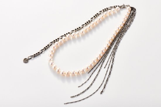 FRINGED CHAINS-NECKLACE WITH PEARL