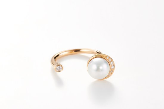 FULL MOON RING WITH PEARL
