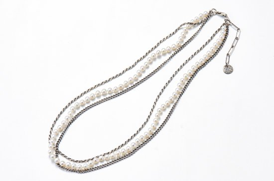 BUNDLED CHAINS-NECKLACE WITH PEARL